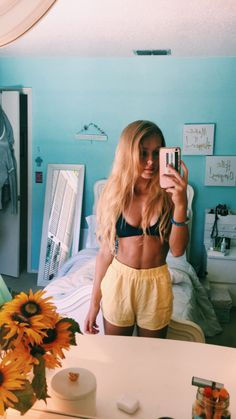 High Waist Leggings With Pockets Summer 2020 bikinis Look 80s, Tumbrl Girls, Summer Outfits, Cute Outfits, Photo Portrait, Summer Goals, Style Summer, Foto Pose, Summer Pictures