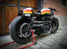 "Harley Cafe Racer ""Sporty Drag"" - Greaser Garage #motorcycles #caferacer #motos 