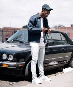 Post with 41 votes and 15975 views. Men Looks, Bryson Tiller Wallpaper, Urban Fashion, Mens Fashion, Fashion 2017, Trendy Fashion, Fashion Ideas, Rapper Outfits, Outfits Hombre