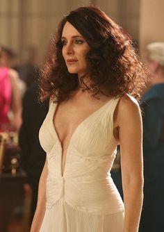 Costume Designer Jill Ohanneson on the Revenge Season 3 Wardrobe - SEASON 3, EPISODE 17: VICTORIA'S WHITE GOWN