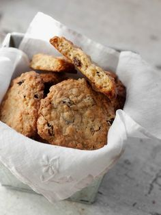 My best oatmeal raisin cookies recipe, using large flake (old fashioned) oats and lots of plump raisins. These cookies freeze well, if they last that long.