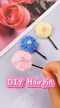 Diy Easy Embroidery, Diy Embroidery Flowers, Hand Embroidery Videos, Hand Embroidery Designs, Make Fabric Flowers, Yarn Flowers, Cloth Flowers, Ribbon Crafts, Yarn Crafts