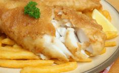 This beer batter fish and chips recipe is a perfect choice to make for a Saturday afternoon dish. Beer Batter Fish And Chips Recipe from Grandmothers Kitchen. Greek Recipes, Fish Recipes, Seafood Recipes, Cooking Recipes, Crepes, Fish Batter Recipe, Beer Battered Fish, State Foods, Chips Recipe