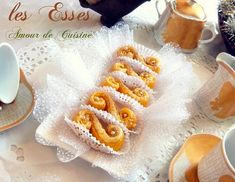 Tunisian Food, Choux Pastry, Ramadan Recipes, Biscuit Cookies, Cookie Desserts, Holiday Treats, Coco, Biscuits, Cake Recipes