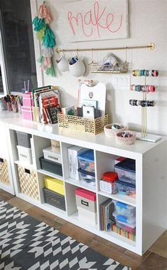 A colorful and organized craft room - lots of fun storage ideas! : A colorful and organized craft room - lots of fun storage ideas! Storage Shed Organization, Art Studio Organization, Organizing Ideas, Storage Sheds, Garage Storage, Classroom Organization, Surabaya, Home Design, Design Crafts