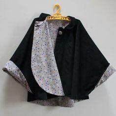 J'ai mis plus de temps à choisir les tissus qu'à faire cette cape. Car oui... - #à #Cape #car #cette #choisir #de #faire #jai #les #mis #oui #quà #temps #tissus