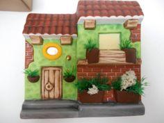 Fachadas De Cerámica - $ 90.00 en Mercado Libre Polymer Project, Bird Houses Painted, Puerto Rico, Spanish Style Homes, Colorful Plants, Paint Splash, Car Painting, Container Plants, Craft Clay