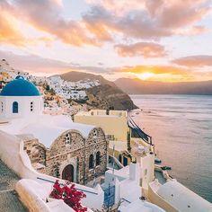 Santorini...So much beauty - everywhere! By:@mary_quincy #santorini #greece