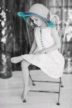 Splash of Turquoise Blue Splash Photography, Color Photography, Black And White Photography, Black And White Colour, Black And White Pictures, One Color, Color Pop, Color Splash Photo, Pose