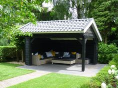 3. Modern houten prieel in kapschuurmodel terrasoverkapping 16m2