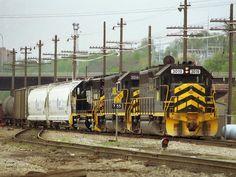 GWWR 3019   Description:  Gateway Western transfer train   Photo Date:  12/30/1996   Location:  Kansas City, MO   Author:  Jim Matuska  Categories:    Locomotives:  GWWR 3019(GP40)