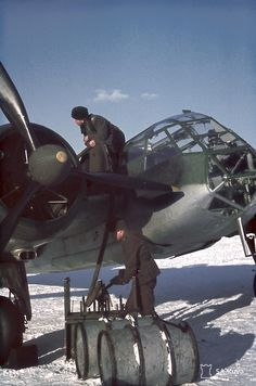 Refueling of the Blenheim Mk.I Finnish Air Force bomber at Luonetjärvi airfield, 1944 - pin by Paolo Marzioli Ww2 Aircraft, Military Aircraft, Air Fighter, Fighter Jets, Finnish Air Force, Bristol Blenheim, Bristol Beaufighter, Ww2 Planes, Vintage Airplanes