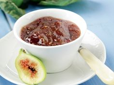 Amateur Cook Professional Eater - Greek recipes cooked again and again: Fresh figs and prunes jam Home Canning Recipes, Cooking Recipes, Sonoma Diet, Greek Sweets, Plum Jam, Fresh Figs, Jam And Jelly, Sweets Cake, Food Categories