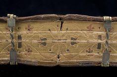 Photo: István Borbás/National Library of Sweden Blind-tooled binding with roller stamp decoration. Mid-16th century. Reformationsband Reformationsband med rullstämpeldekor. Mitten av 1500-talet.