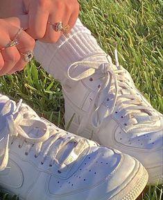 Aesthetic Shoes, White Aesthetic, Aesthetic Clothes, Aesthetic Grunge, Aesthetic Girl, Grunge Look, Grunge Style, 90s Grunge, Soft Grunge