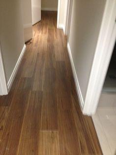 Karndean vinyl floor planks - Van Gogh Walnut