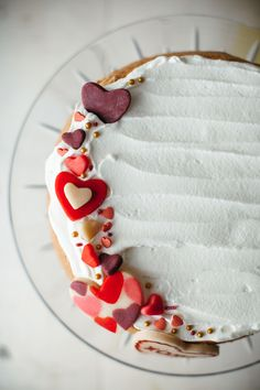 valentine almond cak