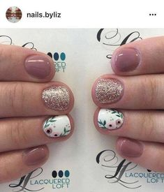 Are you looking for Short Nail Design Ideas For Summer See our collection full of Short Nail Design Ideas For Summer 2018 and get inspired! You are in the right place about popular spring nails Fancy Nails, Trendy Nails, Diy Nails, Cute Nails, Manicure For Short Nails, Simple Gel Nails, Cute Short Nails, Shellac Manicure, Long Nails