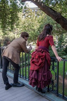 Clara Oswin Oswald Cosplay with the Doctor @Jenna Larrabee , check out the link! It's a tutorial for Clara's Red Victorian Dress!