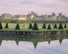 Garden of château de Fontainebleau, France.