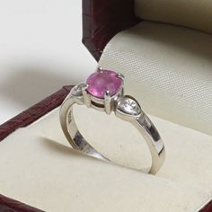 Gemporia Sterling Silver Pink Gemstone Ring.  Sterling Silver 925 Fine Ring.