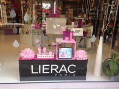 Escaparate de junio, promocion Hidra-Chrono de #Lierac #farmacia #cosmeticos #promocion