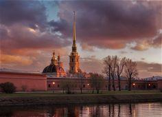 St Petersburg Russia, Saint Petersburg, Cn Tower, Statue Of Liberty, Saints, Building, Travel, Statue Of Liberty Facts, Viajes