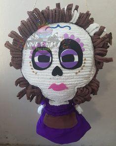 #Piñata #MamaImelda #Coco seguimos creando diseños de esta hermosa y exitosa película ganadora del Oscar️. Y tú ya la viste?