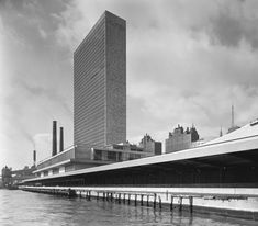 United Nations General Assembly Building, New York NY   Photo © Ezra Stoller/Esto