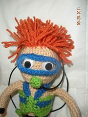 I love this hair ! Ravelry: Spike, the Scuba Diver pattern by Nancy Anderson