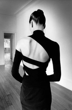 White Fashion, Look Fashion, Fashion Details, Fashion Beauty, French Fashion, Fashion Women, Girl Fashion, Fashion Design Inspiration, Mode Inspiration