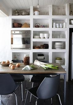 open kitchen shelves by the style files, via Flickr