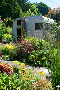 Wouldn't this make a perfect garden shack.....