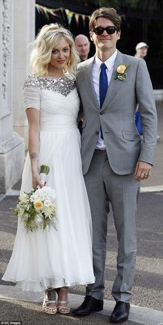 Holly Willoughby attends Fearne Cotton's wedding in short cream dress #dailymail