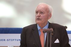 """Ex-Bundespräsident Herzog: """"Das politische System erreicht die Menschen nicht mehr"""" - http://www.statusquo-news.de/ex-bundespraesident-herzog-das-politische-system-erreicht-die-menschen-nicht-mehr/"""