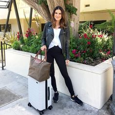 Travel Outfits i fly over 200 hours a yearthis is my fail safe travel Travel Outfits. Here is Travel Outfits for you. Travel Outfits 37 cute spring summer travel outfits to inspire you. Travel Outfits i fly over 200 hour. Airport Outfit Long Flight, Airport Travel Outfits, Cute Travel Outfits, Airport Style, Cool Outfits, Casual Travel Outfit, Travelling Outfits, Europe Outfits, Winter Travel Outfit