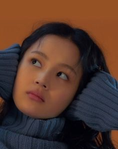 Lee Hi for High Cut Magazine Minimal Makeup, Aesthetic People, Model Face, Portrait Inspiration, Makeup Inspiration, Just Girl Things, Retro Futurism, Cute Faces, Drawing People