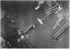 Op 4 november 1944 werd de spoorbrug, of wat er van over was, gefotografeerd door een Geallieerde verkenner Operation Market Garden, Parachute Regiment, D Day, World War, Wwii, Planes, Holland, Bridge, September