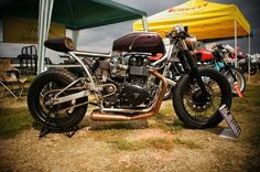 Thruxton Cafe Racer by Medusa ~ Return of the Cafe Racers