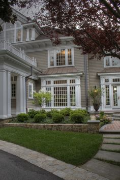 If you are looking for creative ideas about Front Yard Landscaping decoration, you are definitely in the right place. In order to create an aesthetic . Hedges Landscaping, Small Front Yard Landscaping, Modern Landscaping, Outdoor Landscaping, Landscaping Ideas, Backyard Ideas, Colonial Exterior, Exterior Design, Exterior Remodel