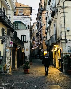 #baricittà #bari #molacittadini #moladibari #mola #rutigliano1 #rutigliano #rutigliano2 #polignano2017 #polignano #polignanoamare #conversano #conversanobynight #conversanocity #monopolicity #monopolicittàturistica #monopoli #monopolis #noicattaro #travel #phooftheday #like #traveltheworld #viaggiando #like #photooftheday #picture #cool# #amazing #amazon