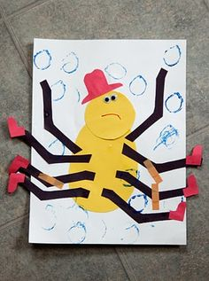Eensy Weensy Spider. Kids will get a kick out of adding the crazy legs!    #kidscrafts #spiders #papercrafts #kids #nurseryrhymes