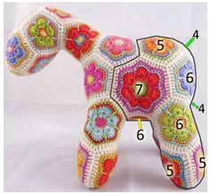Queridas amigas,  Espero poder entregar a través de estas lineas lo que tanto me gusta, enseñar y tejer el Crochet. Ademas de compartir mis trabajos y el de mis alumnas, muchas ideas, patrones y magia. Tanto de mis revistas como imágenes encontradas en el Internet.