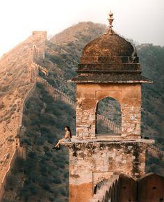 Exploring the Jaipur Wall Near Amer Fort, Rajasthan – We Seek Travel Blog Jaipur Travel, India Travel, India Trip, Landscape Lens, Amer Fort, Packing List For Travel, Travel Guide, Sunset Point, Air Balloon Rides