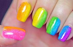 Diseños de uñas con esponja impregnada, diseños de uñas con esponja.   #decoraciondeuñas #nailsCLUB #uñasfinas