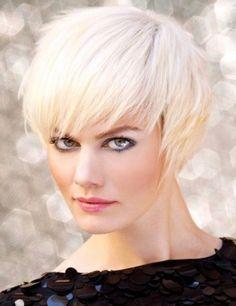 short edgy haircuts for fine hair Modern Bob Hairstyles, Edgy Haircuts, Bob Hairstyles For Fine Hair, Trending Haircuts, Hairstyles Haircuts, Blonde Hairstyles, Layered Hairstyles, Ladies Hairstyles, Pixie Haircuts