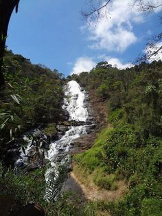 BRASIL - Cachoeira dos Pretos em Joanópolis SP.