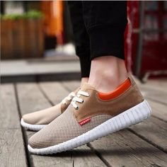 b72fb4f34e1a New Men s sports Shoes Fashion Breathable Casual Sneakers running Shoes 2018