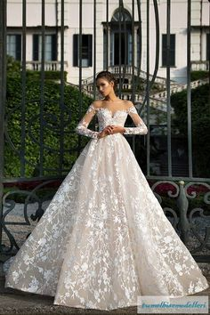 Long sleeve O-Neck Sexy A Line Wedding Dresses Backless Amazing Lace Bridal Gowns robe de mariage dreami alibaba china Dream Wedding Dresses, Bridal Dresses, Wedding Gowns, 2017 Wedding, Lace Wedding, Mermaid Wedding, 2017 Bridal, Weeding Dress, Wedding Girl