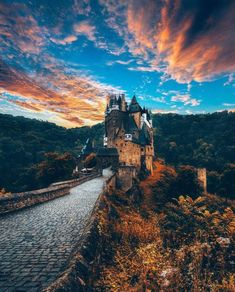 BD Bucket List Eltz Castle Germany (by our awesome check him out to see our German adventure now!) by jeremyjauncey Germany Photography, Travel Photography, Sea Photography, Makeup Photography, Creative Photography, Amazing Photography, Photography Ideas, Portrait Photography, Burg Eltz Castle